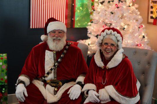 Santa Photoshoot With Duchesne, UT Orthodontist